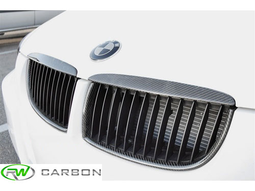 Get the best price and finish when you choose rwcarbon for your BMW E90 E91 325, 328, 330 or 335 carbon fiber kidney grilles