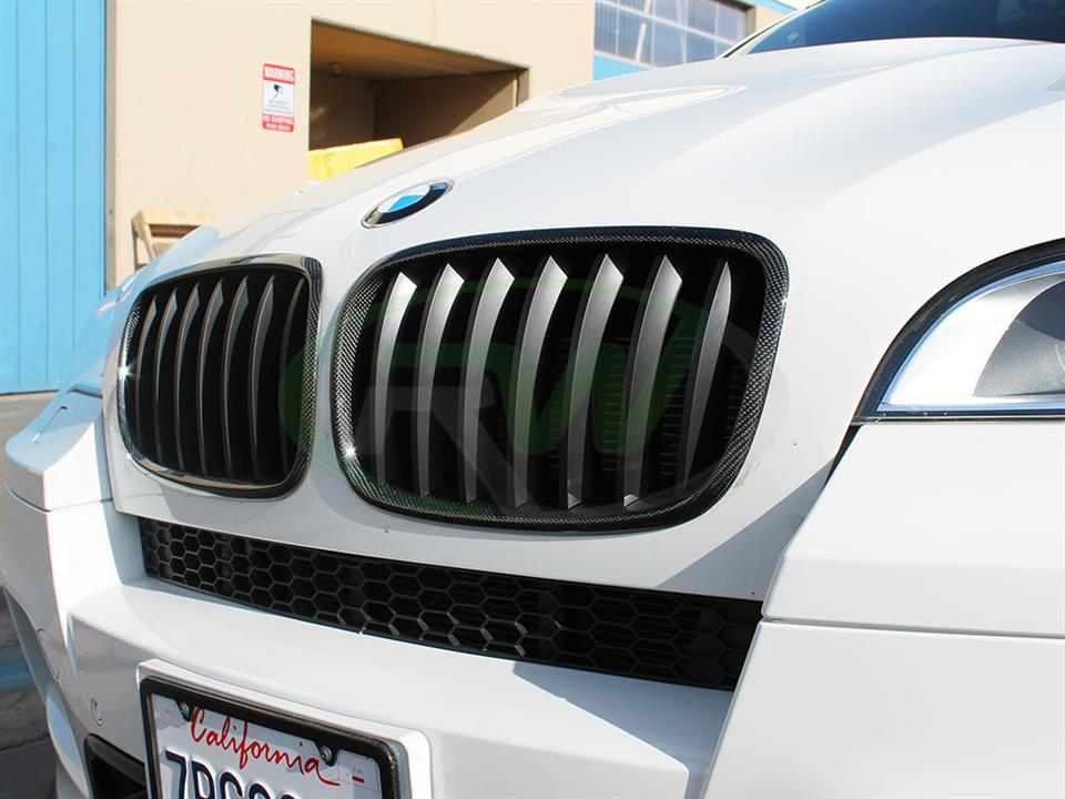 BMW E71 X6M with RW Carbon Fiber Grilles