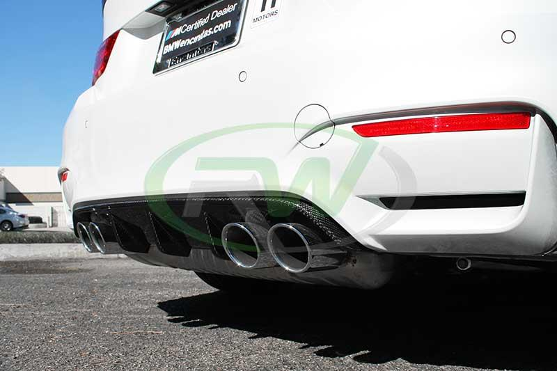 Trick out your new M3/M4 with a new performance style CF diffuser