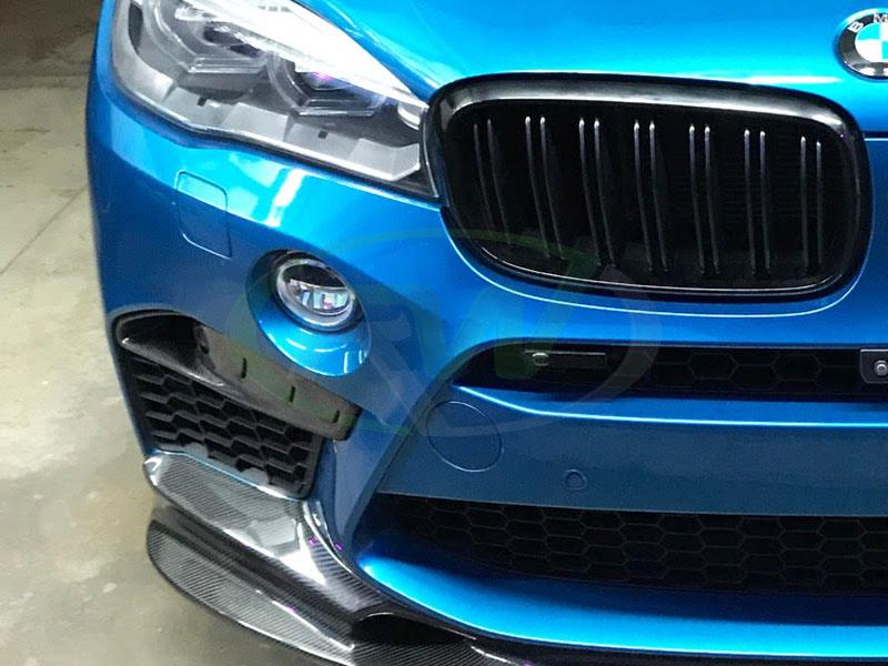 BMW F85 X5M with a set of carbon fiber Upper Splitters from RW