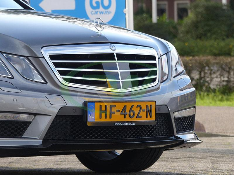 Mercedes W212 E63 in Holland with Renn Style CF Front Lip
