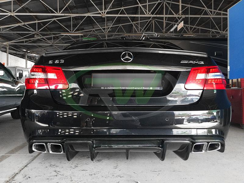 Mercedes W212 E63 in Black with an RW Renntech Style Carbon Fiber Diffuser