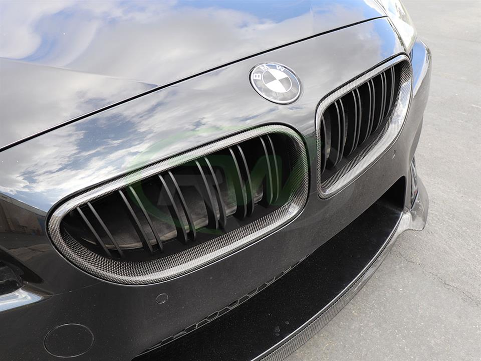 BMW F13 M6 gets a set of RW Carbon Fiber Grilles