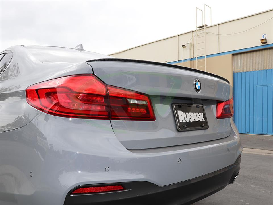 BMW G30 540i gets a new Performance Style CF Trunk Spoiler