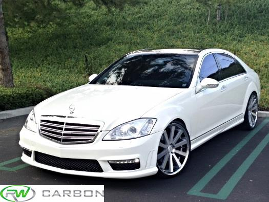 RW Carbon Mercedes W221 S Class Side Skirts installed on 2010 Mercedes S550.