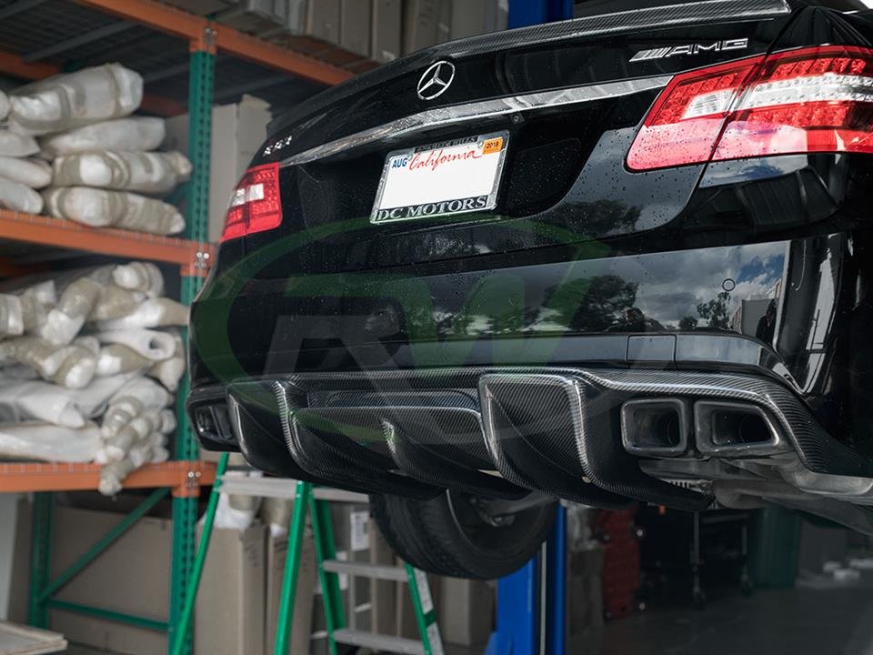 Black Mercedes W212 E63 with a RW Renn Style Carbon Fiber Diffuser