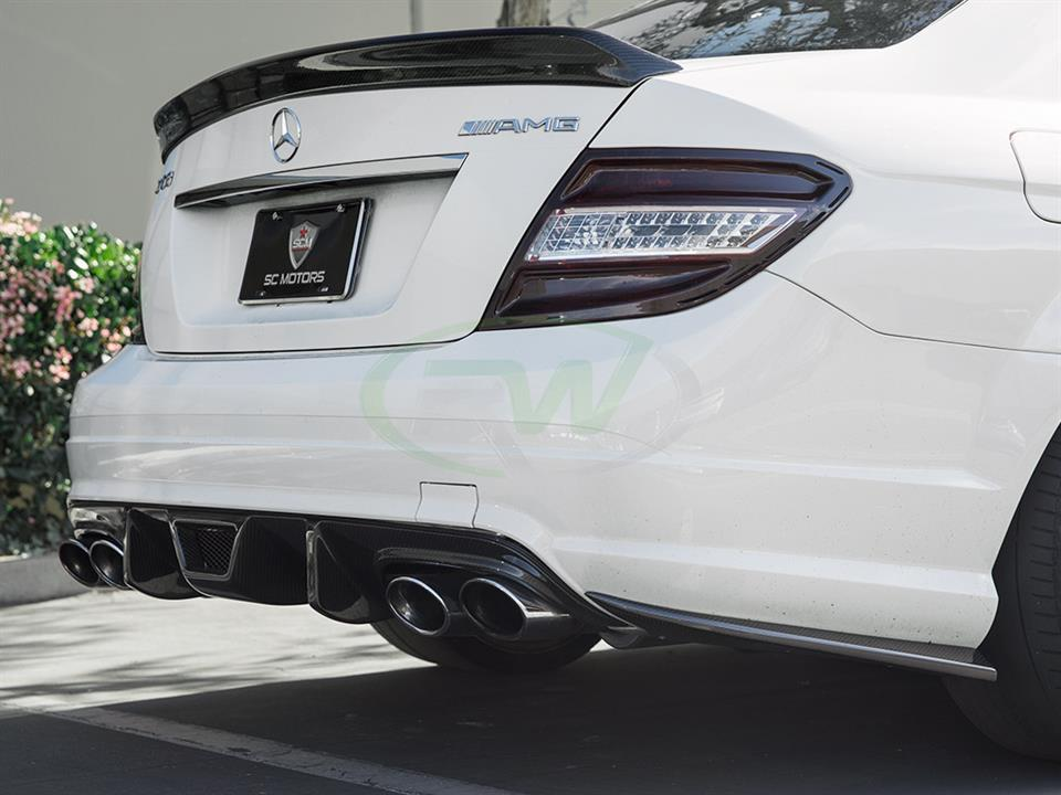 rw carbon fiber white mercedes benz w204 c63 am sedan rear cf bumper splitters