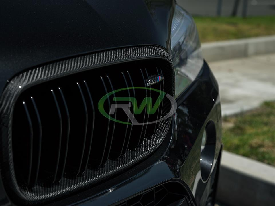 black bmw f86 x6m with rw carbon fiber cf grille replacement