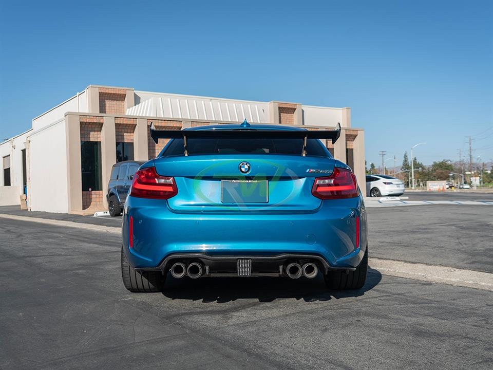 blue bmw f87 m2 gets a Kohlen style LED diffuser