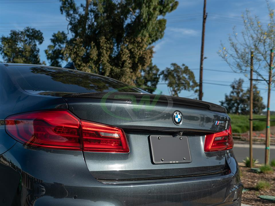 rw carbon fiber bmw f90 high kick carbon fiber trunk spoiler