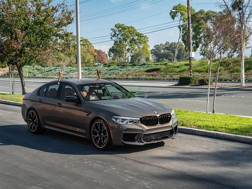 BMW F90 M5 Comp with RW Performance Style Carbon Fiber Splitters