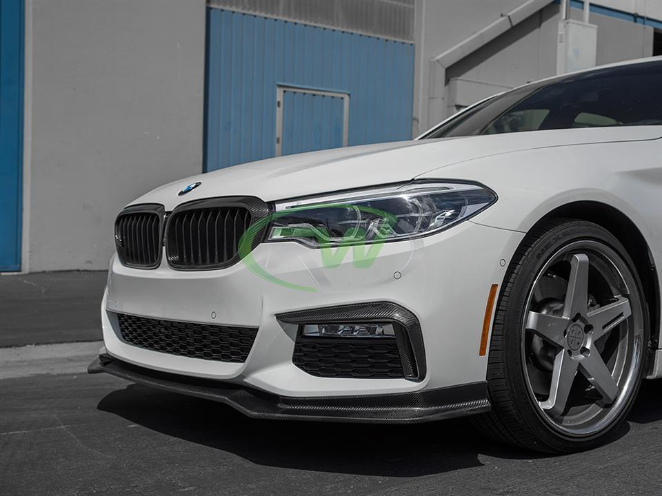 alpine white bmw g30 540i sedan with rw carbon fiber ec style cf front lip spoiler