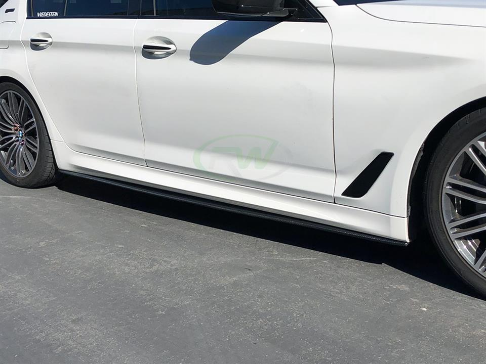 white bmw g30 5series rw carbon fiber cf side skirt extensions