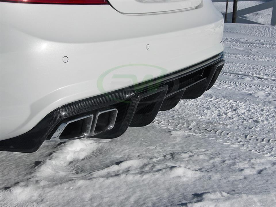 rw carbon fiber mercedes benz white w218 cls63 amg with renn style cf rear diffuser
