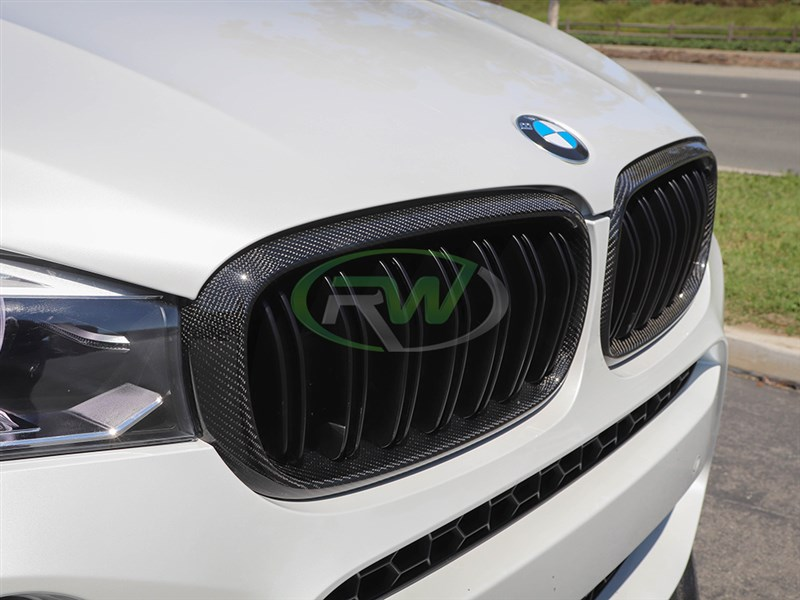 Check out these carbon fiber grilles for the BMW F15 X5 and the F85 X5M