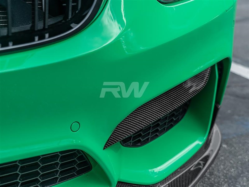 Click to view our new carbon fiber F8x M3 and M4 bumper splitters