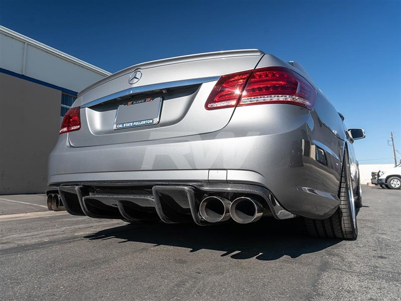 Aggressive rear end aero for your 2010-2013 Mercedes W212 E63 with Renntech style carbon fiber diffuser from RW carbon