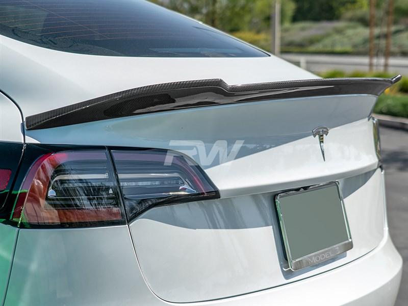 esla Model 3 Carbon Fiber DTM Trunk Spoiler
